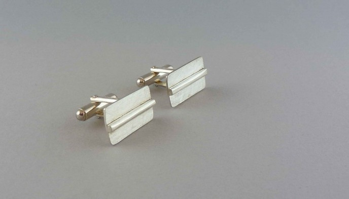 rectangular-silver-cufflinks