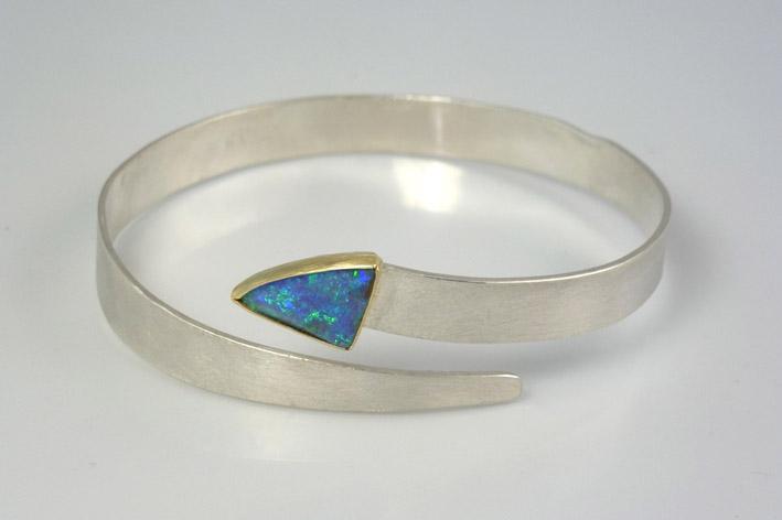 silver-opal-snake-bangle
