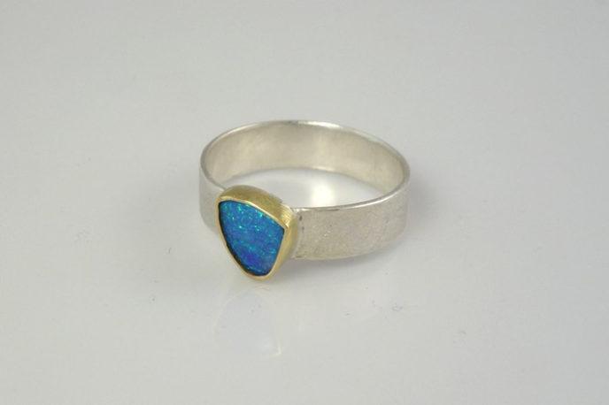 blue-opal-silver-ring