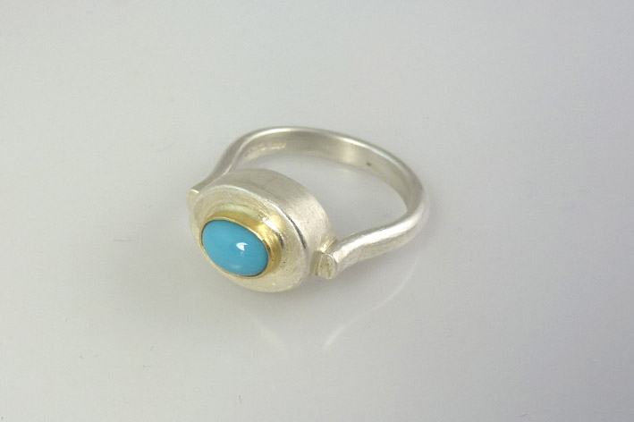 silver-turquoise-bobbin-ring